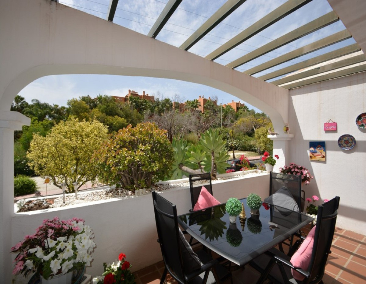 Great opportunity, fantastic townhouse in the best area of Nueva Andalucia, reduced from 380.000 eur,Spain