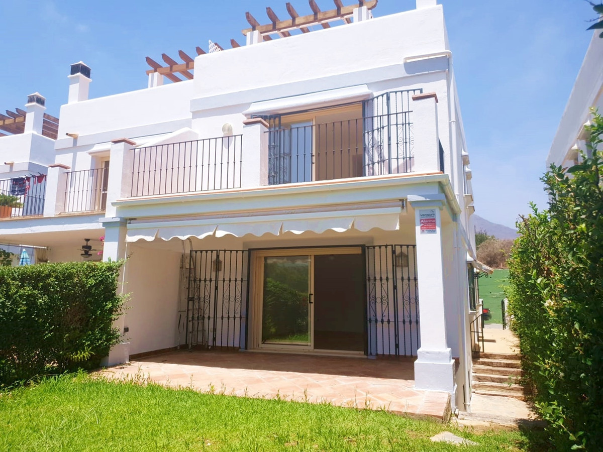 Beautiful townhouse in first golf line, Estepona Golf with spectacular views to the sea and the golf, Spain