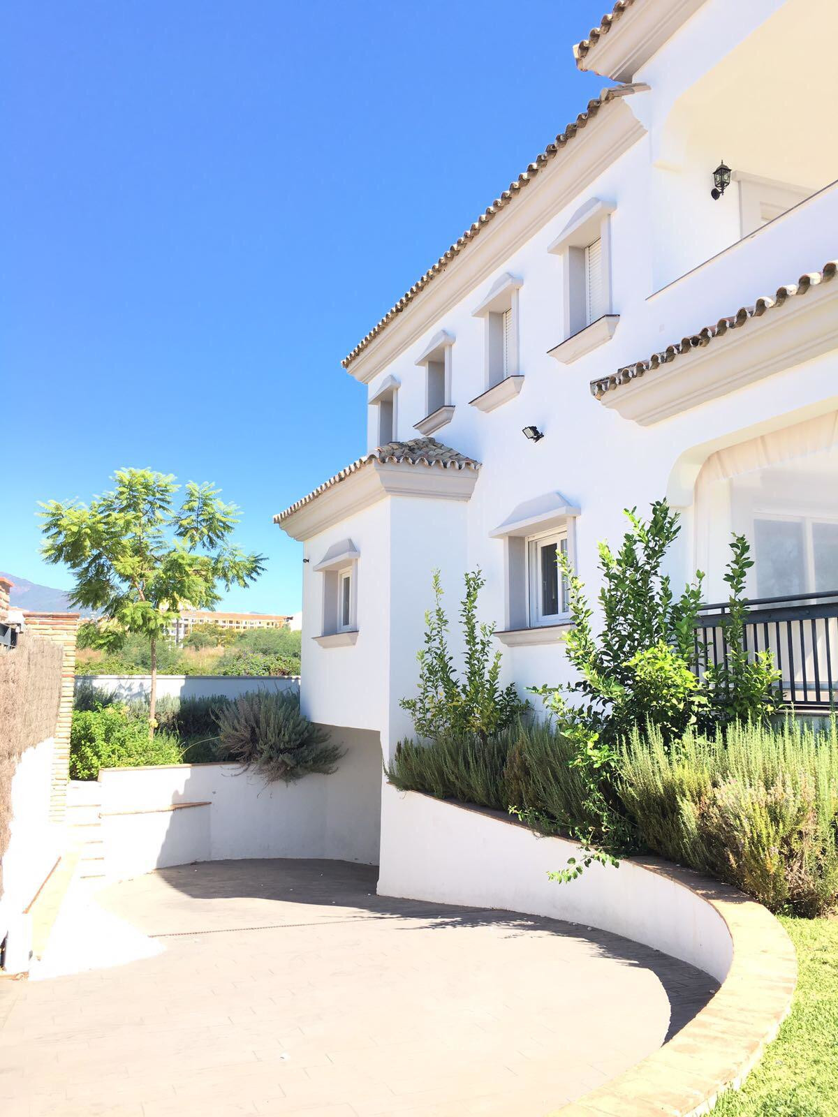 Villa - Detached ( R3522175) 3