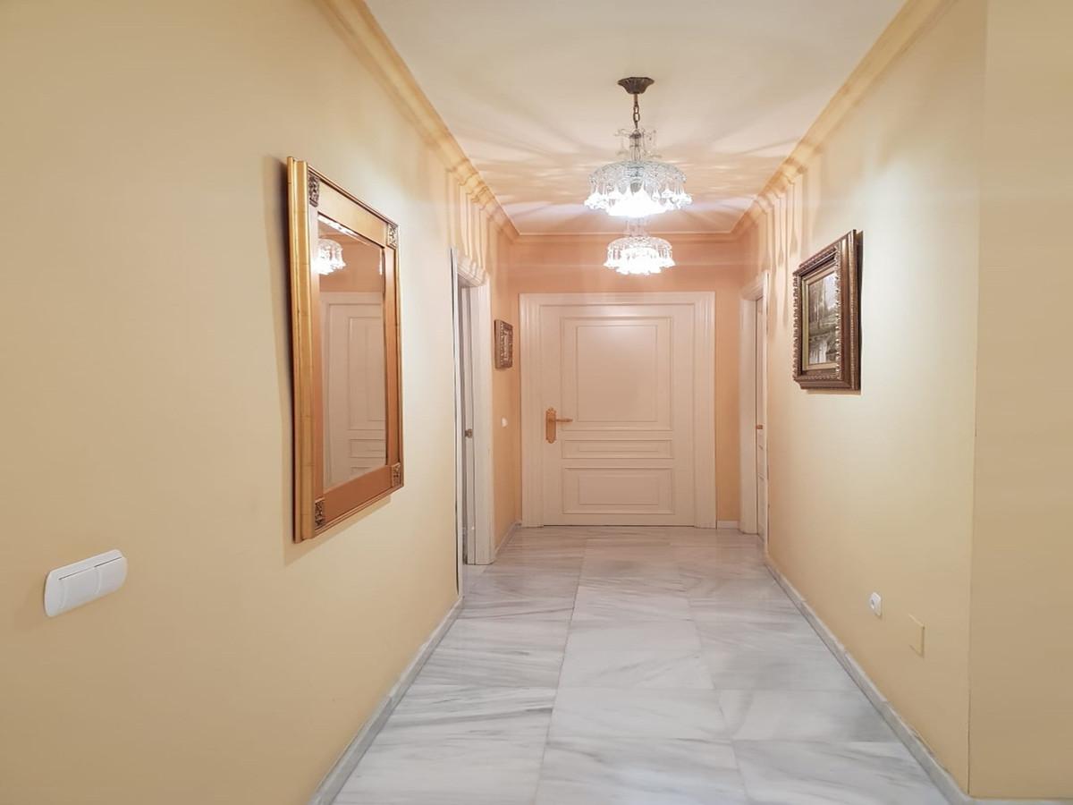 Villa - Detached ( R3421606) 18