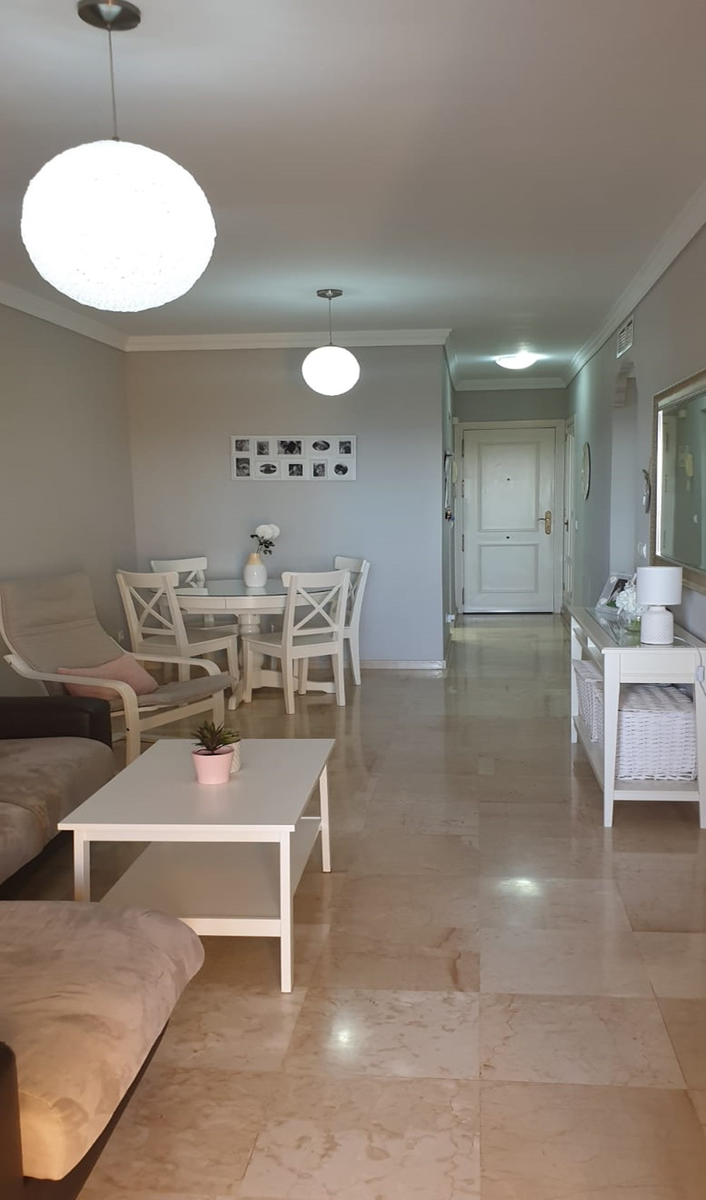 Apartment - Middle Floor ( R3533260) 9