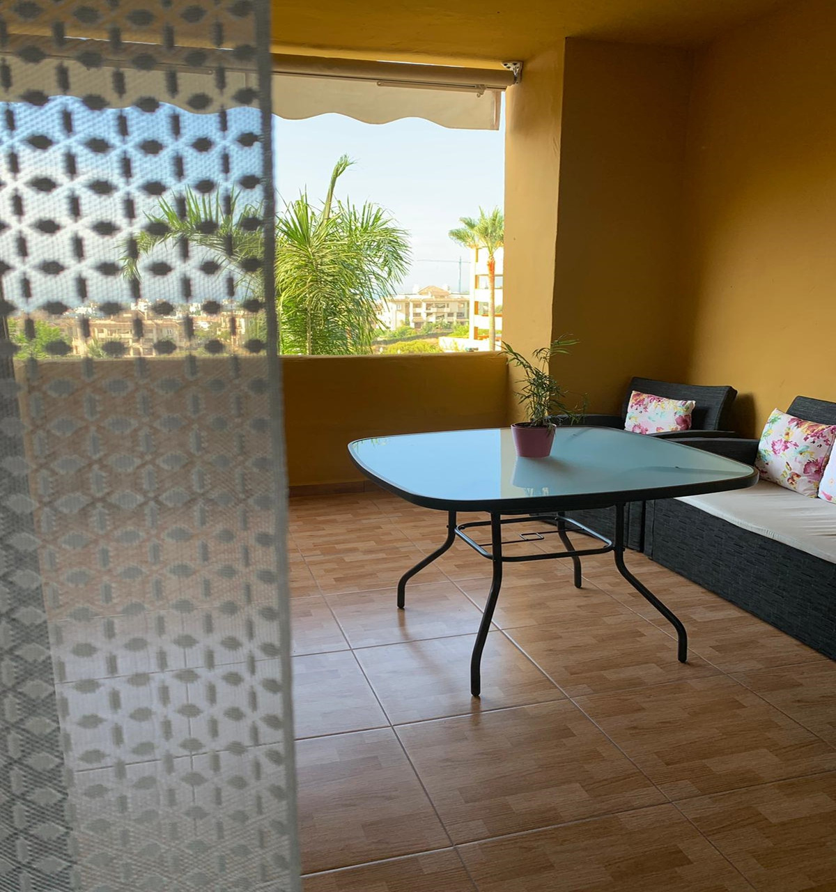 Apartment - Middle Floor ( R3533260) 26