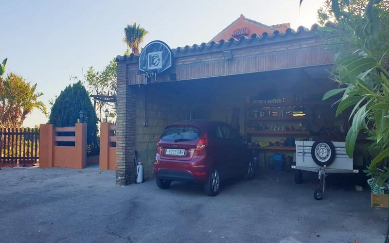 Finca – Cortijo en venta, Estepona – R3528517