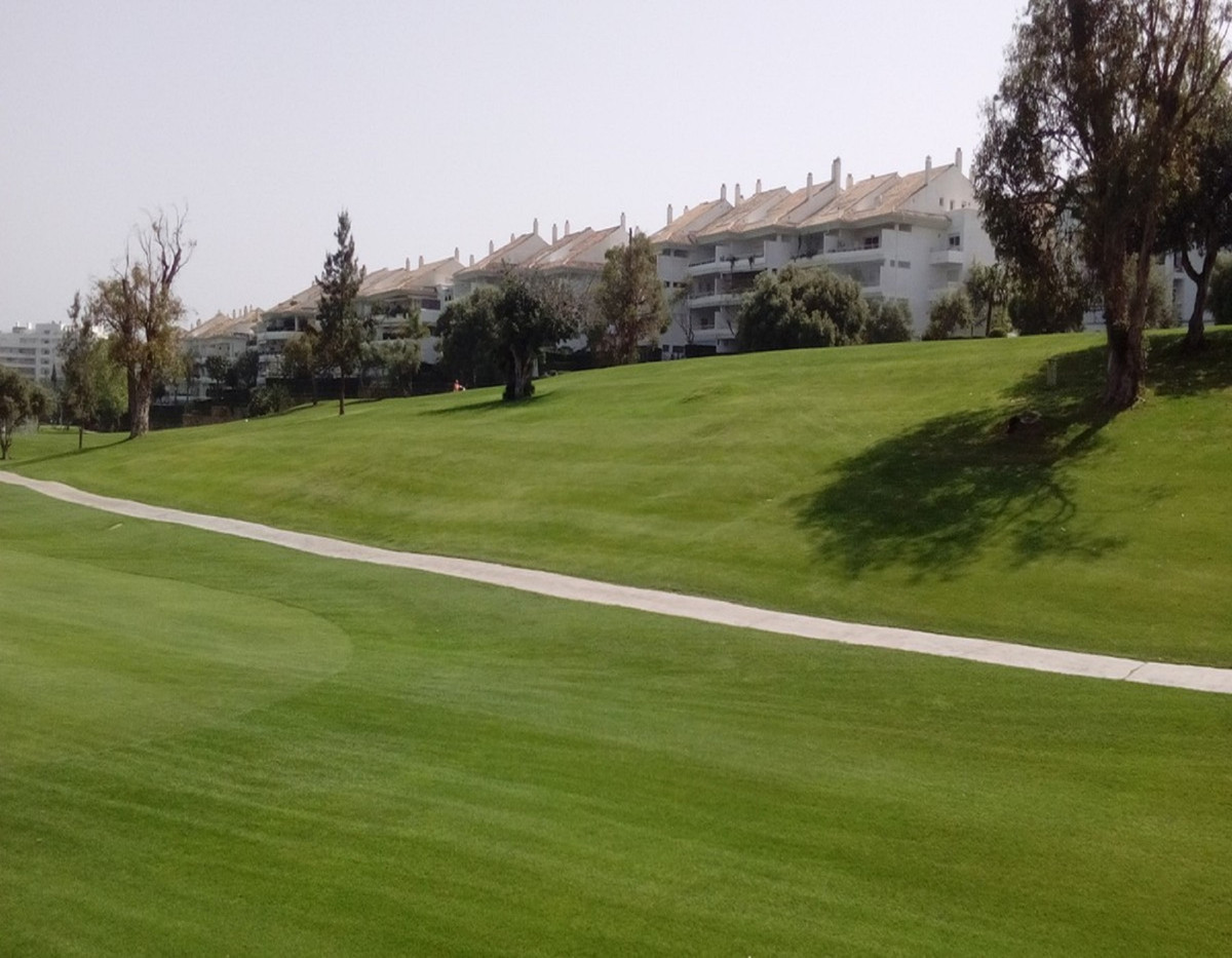 Lovely 2 bedrooms ground floor apartment, first line Golf in Hoyo 15, Guadalmina Baja. This apartmen, Spain