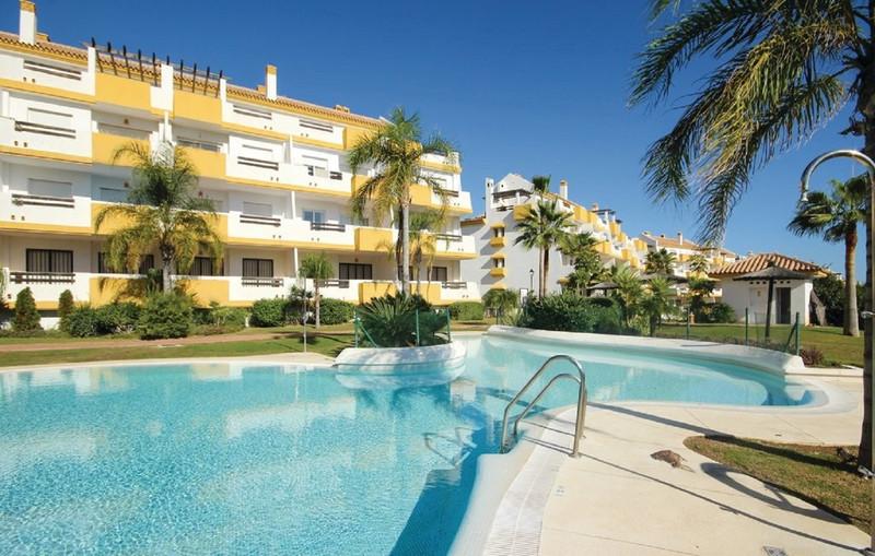Marbella Banus Apartamento Planta Baja a la venta en Calanova Golf – R3610223