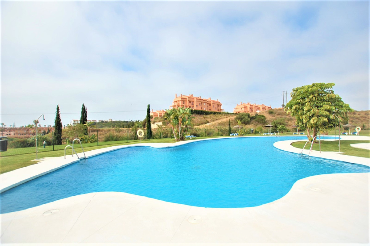A fantastic apartment offering 3 bedrooms all of a good size with fitted wardrobes there is a walk-i, Spain