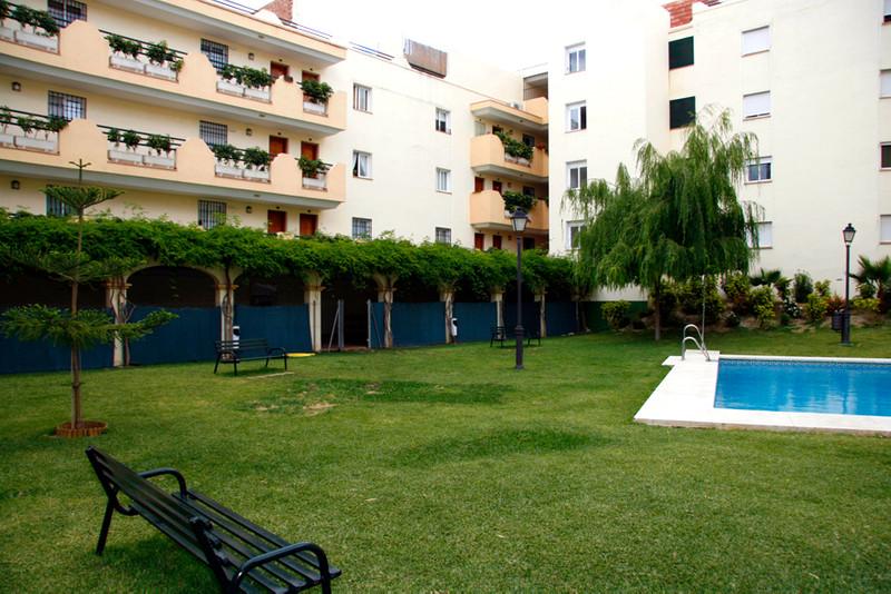 Apartamento Planta Media en venta en Las Lagunas – R3115318