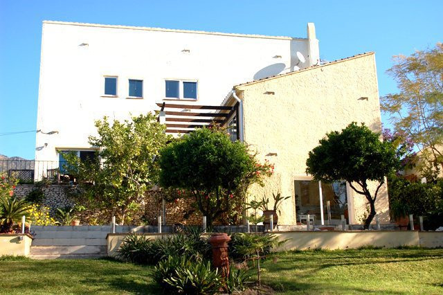 Reserved  14/7/108.....................   Impressive villa build over 2 levels the entrance has a pa, Spain