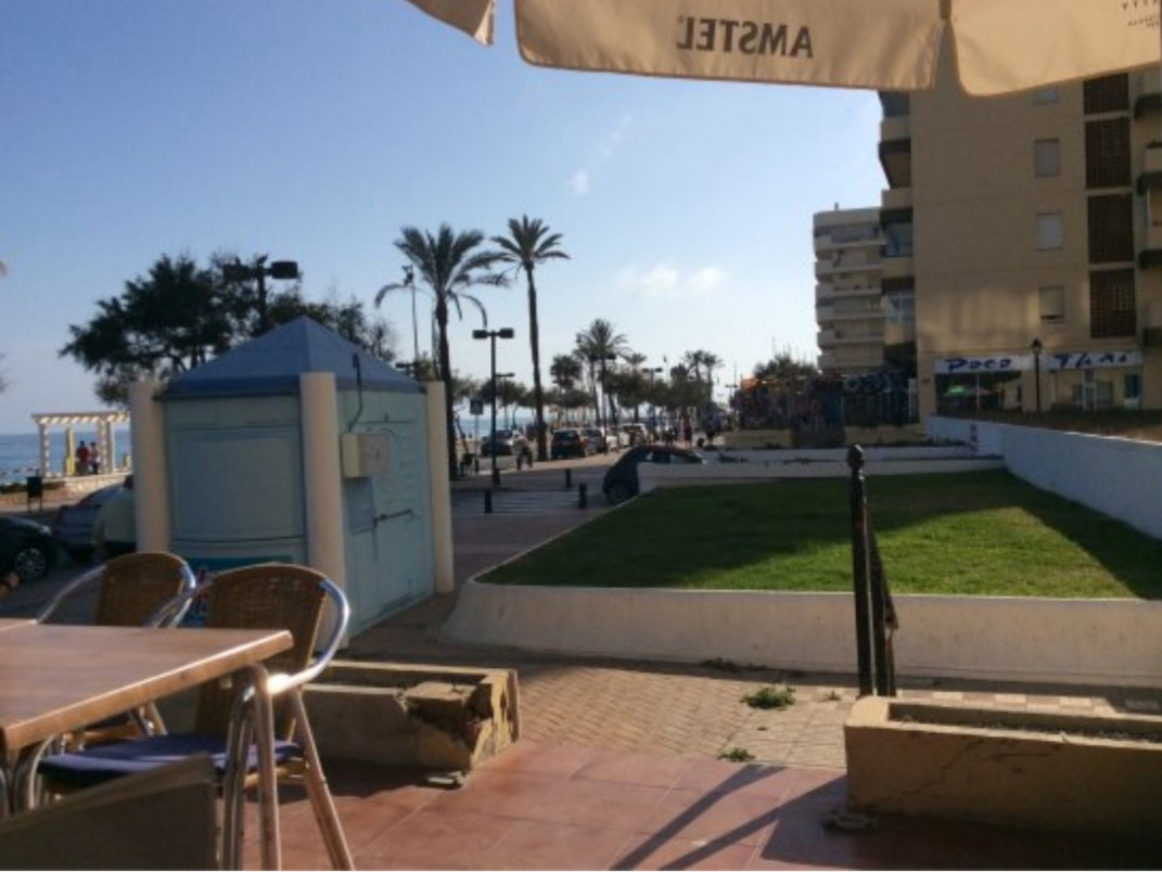 3 commercial premises for sale as a whole!!!! Situated in a very popular area along the sea front of, Spain