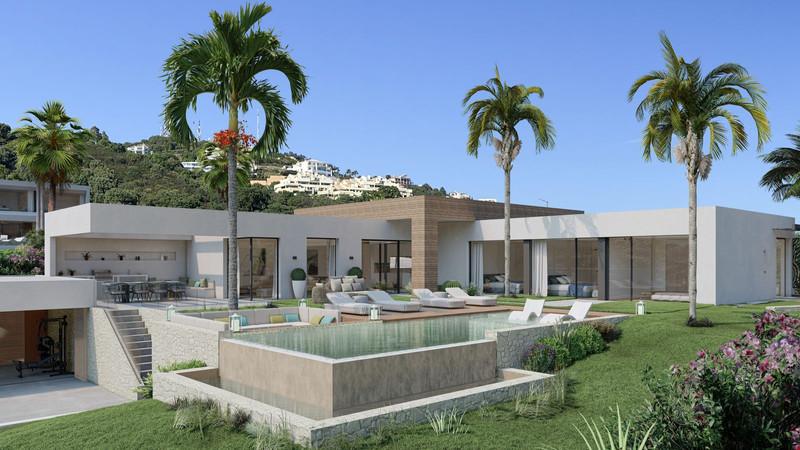 House - Altos de los Monteros