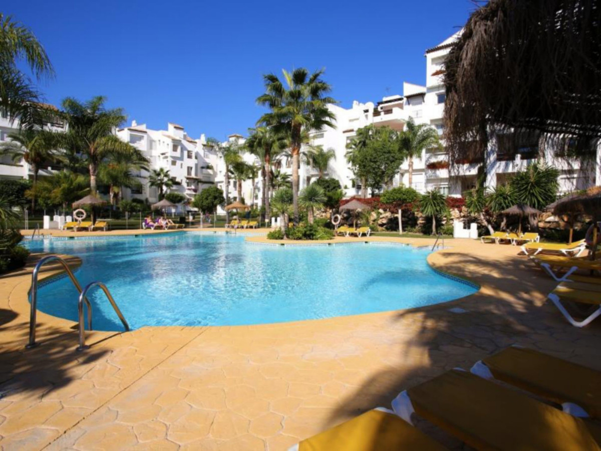 Costalita Phase 6 : 2 bedroom apartment close to the beach between Marbella and Estepona. Costalita , Spain