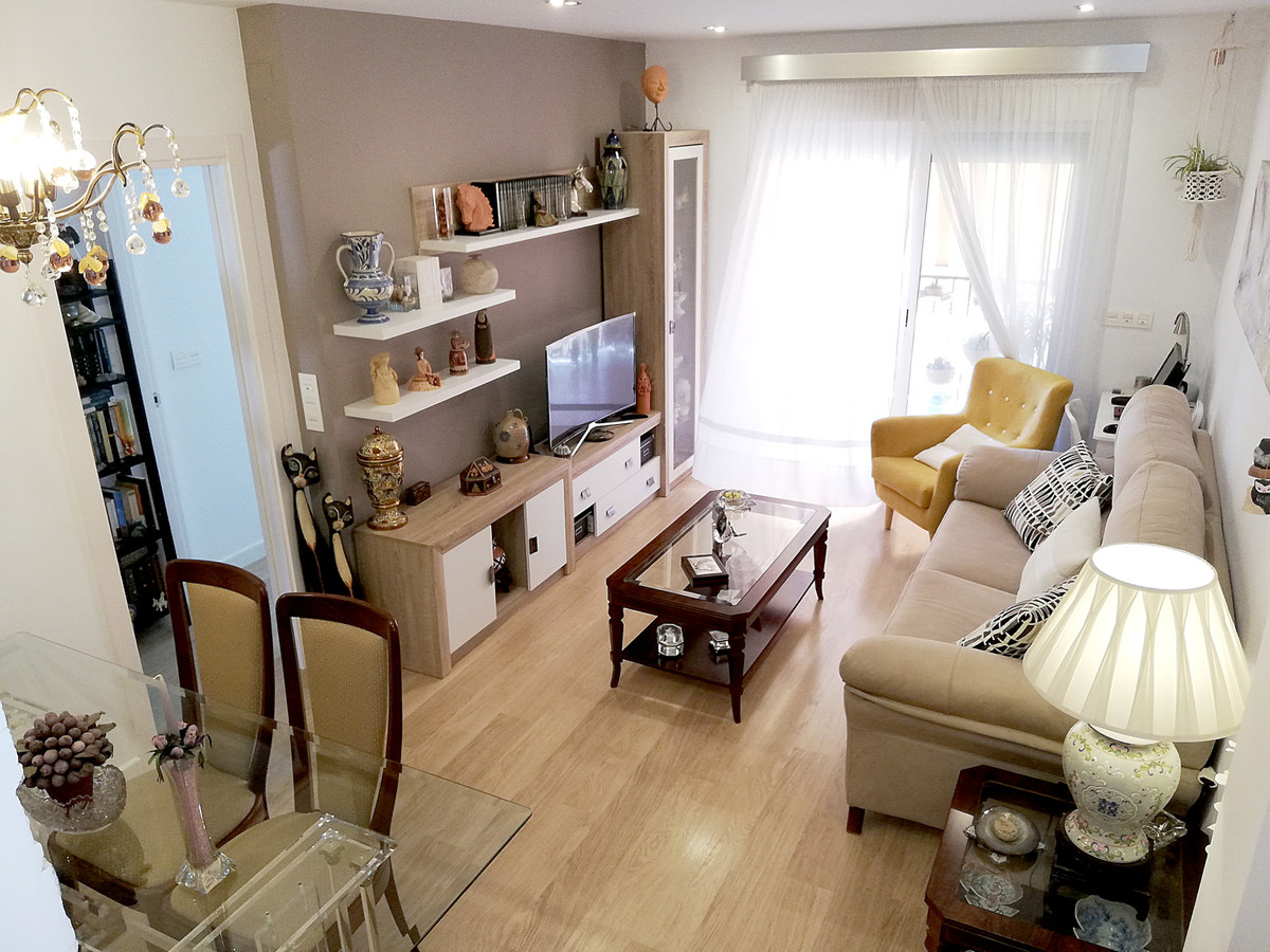 Very beautiful 75m2 built apartment located at the P4 at the last level with lift in a quiet and bea, Spain