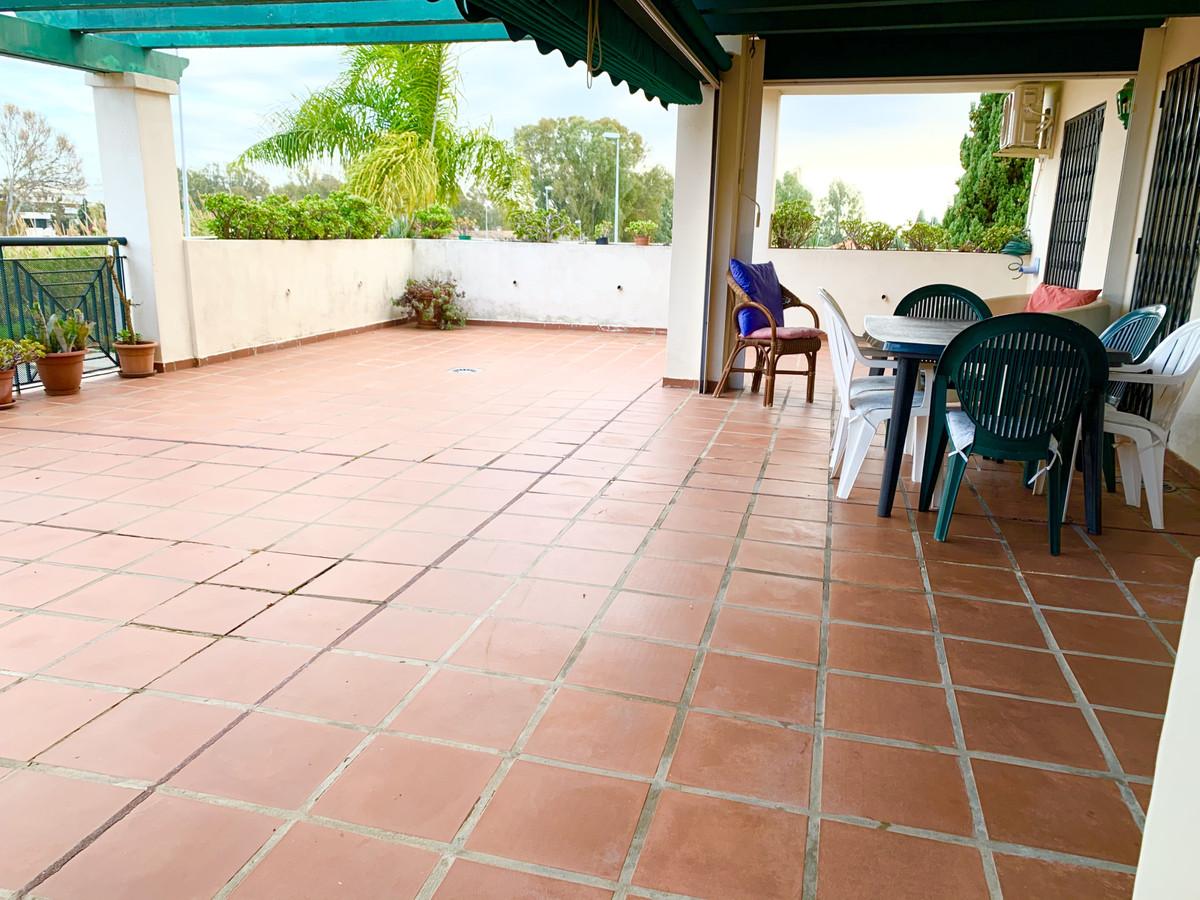 Marbella Banus Apartamento Planta Media en Venta en Nueva Andalucía – R3595825