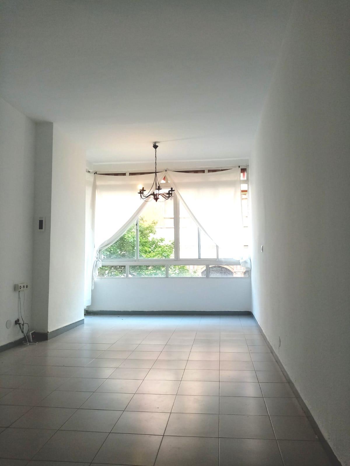 Marbella Banus Apartamento en Venta en Marbella – R3849502