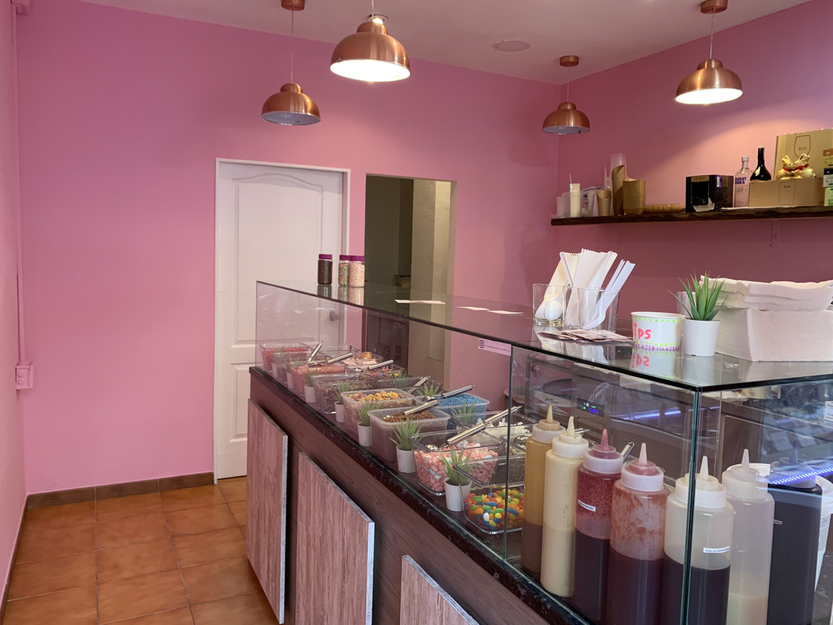 fantastic opportunity to have a business in the best street of marbella center next to the beach. no,Spain