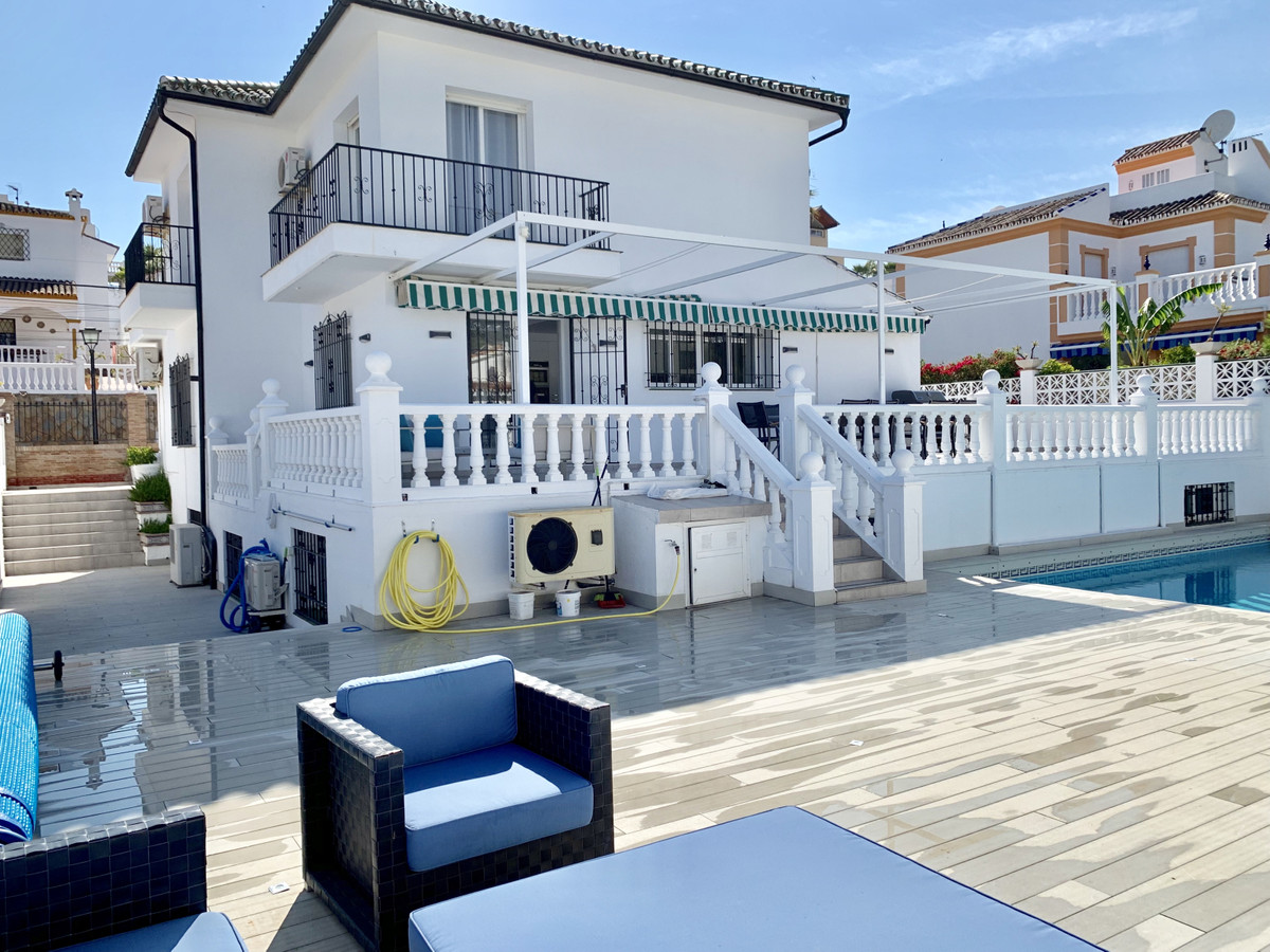Marbella Banus Villa – Chalet en Venta en Nueva Andalucía – R3454312