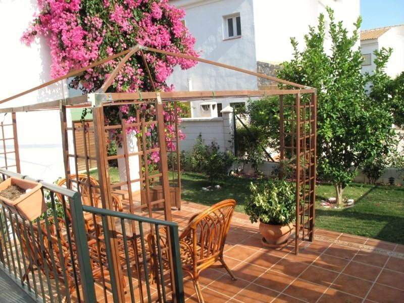 Townhouse with garden walking distance to Mijas