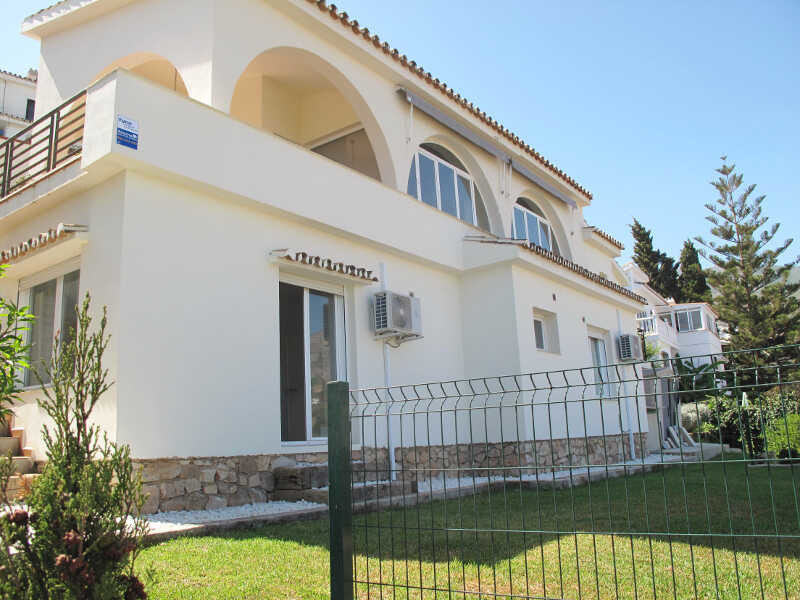 Superbly located villa within easy walking distance of the beach, train station and Coastal road.   ,Spain