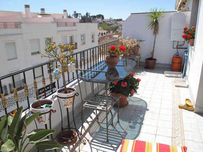 Apartment Middle Floor Mijas Málaga Costa del Sol R3521947 3