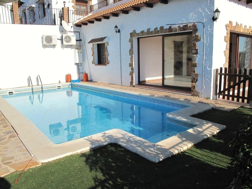 Apartment with private pool and terrace