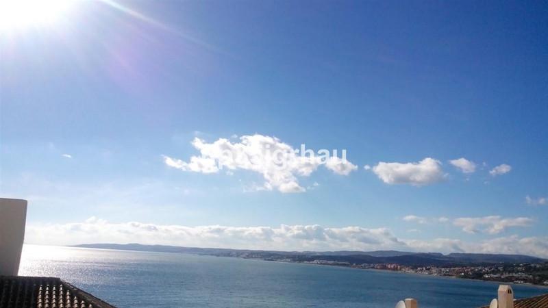 Marbella Banus Apartamento Planta Media en venta, Estepona – R2588474
