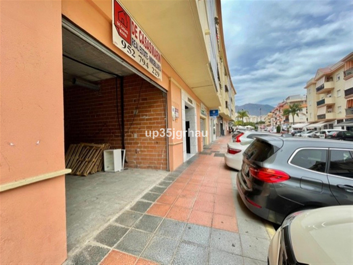 Commercial in Estepona