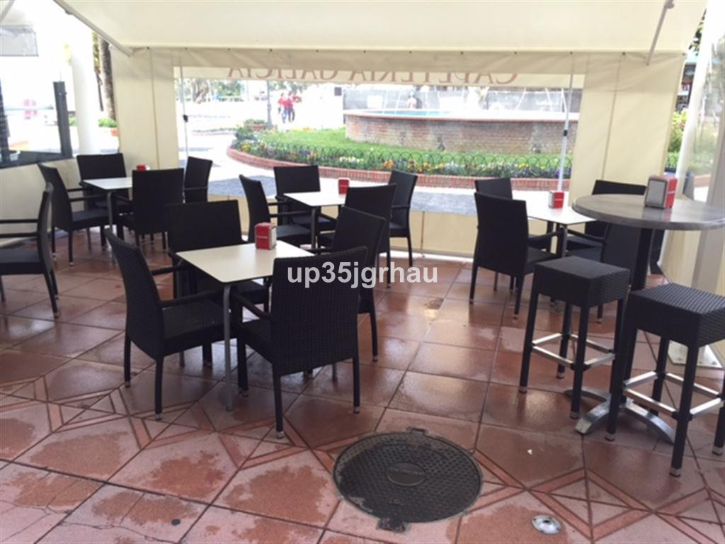 Commercial, Bar  for sale   and for rent    en Estepona