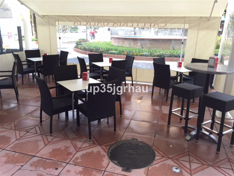 Bar in Estepona for sale