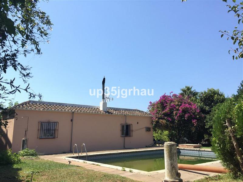 Detached Villa - Estepona - R2504123 - mibgroup.es