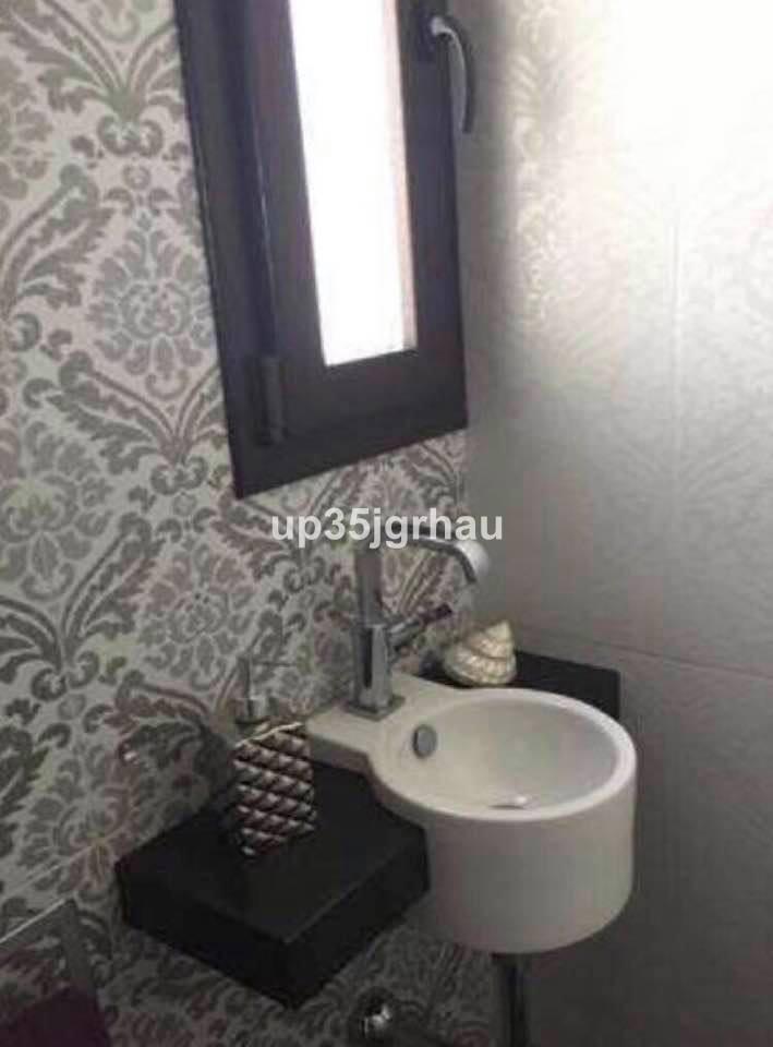 Apartamento Planta Media en venta, Estepona – R3134251