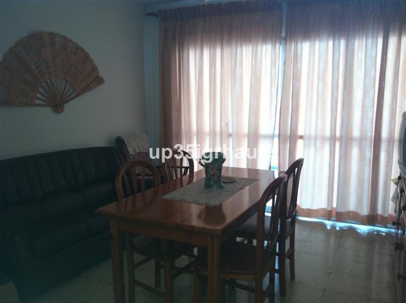 casa de 3 dormitorios en manilva con salon, cocina amueblada, terraza grande, muy barata y nueva, ce,Spain