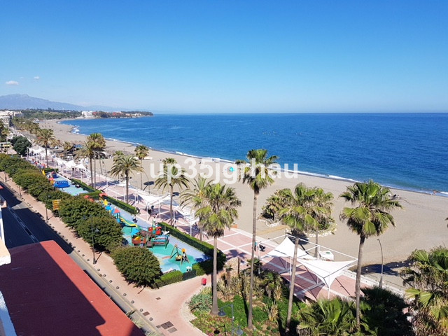 Apartment  Penthouse 																					for rent 																			 in Estepona
