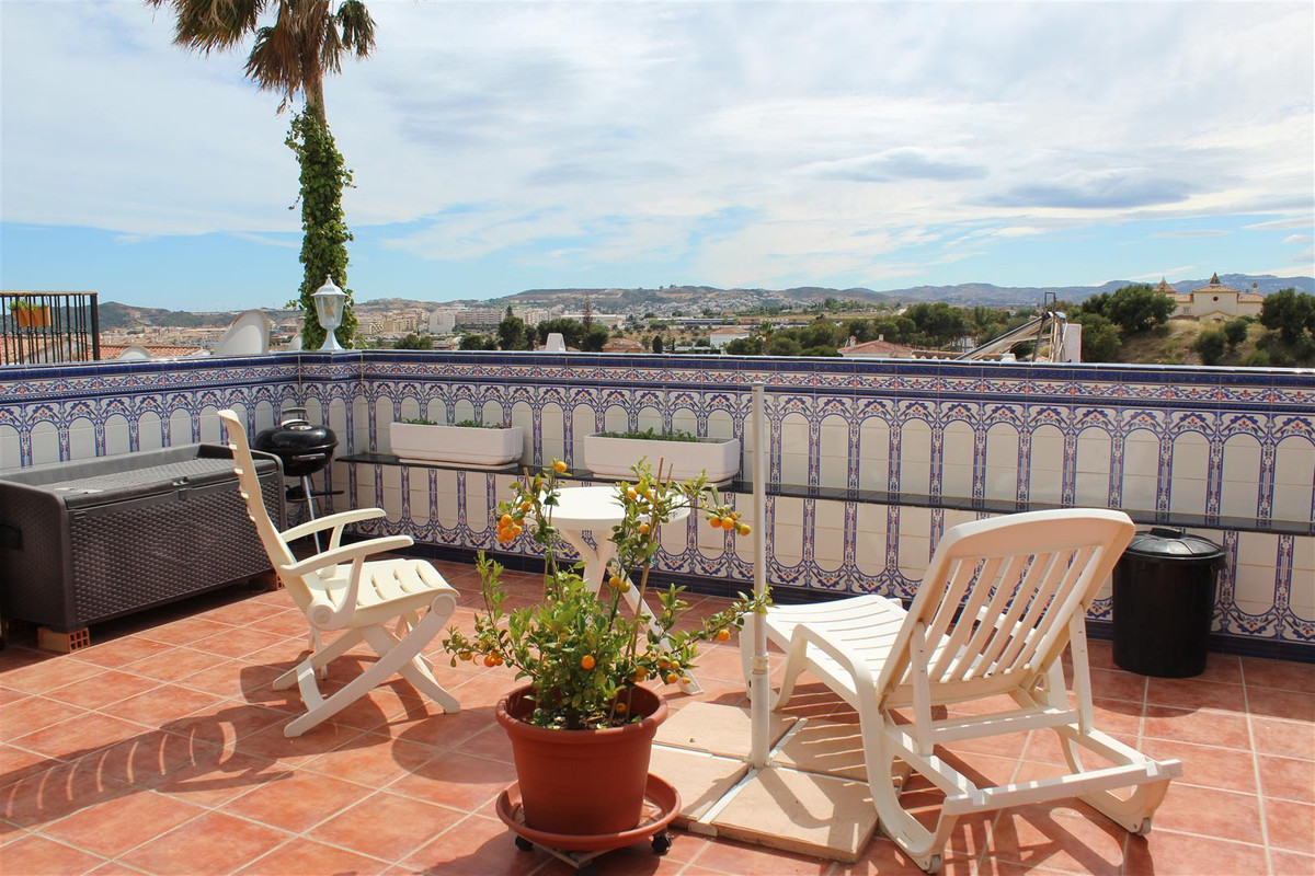 3 bedroom townhouse for sale el coto