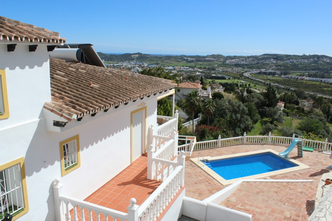This is a big villa ideal for a holiday or second home.  The property has four well proportioned bed,Spain