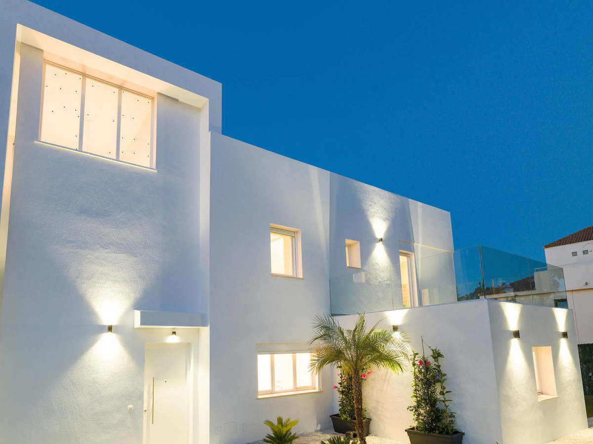 Wonderful house located in Marbella in one of the most luxury residential area called Nueva Andaluci Spain