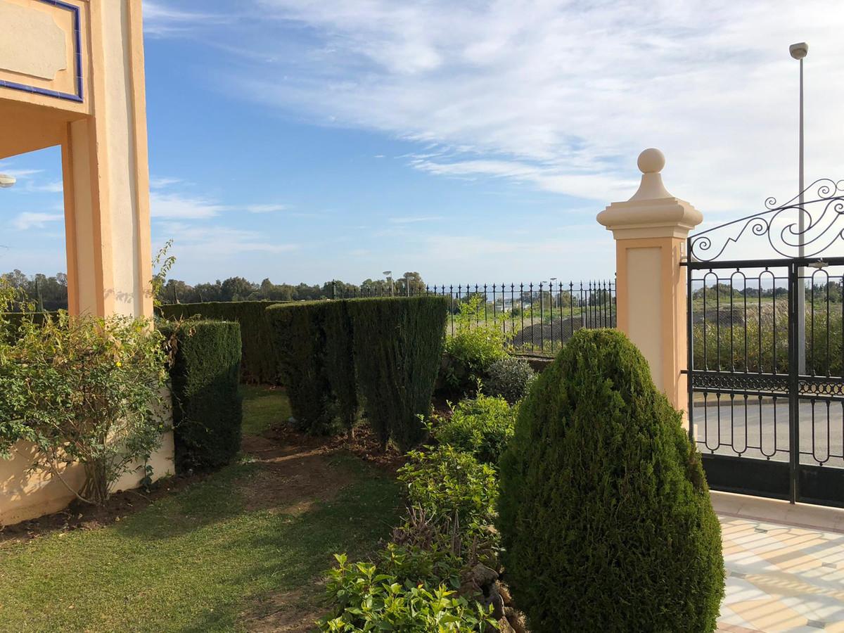 Marbella Banus Apartamento Planta Baja en Venta en Sierra Blanca – R3600653