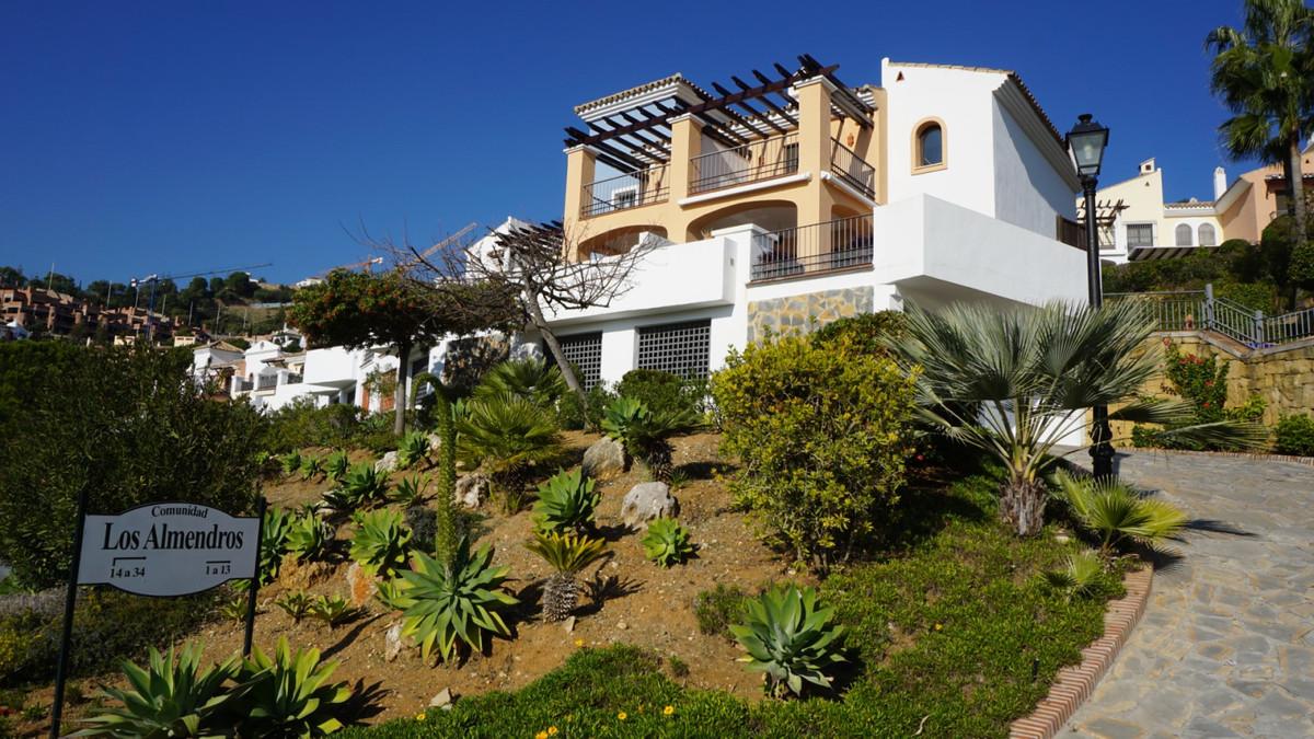 Marbella Banus Adosada en Venta en Los Arqueros – R3584926