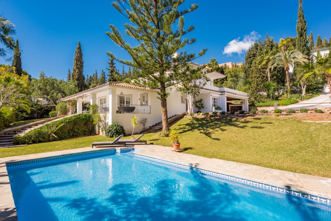 5 Bed Villa For Sale Marbella