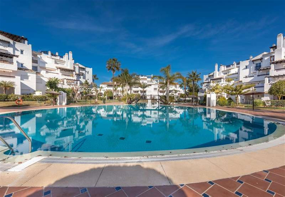 Ground Floor Apartment for sale in San Pedro de Alcantara - San Pedro de Alcantara Ground Floor Apartment - TMRO-R3376891