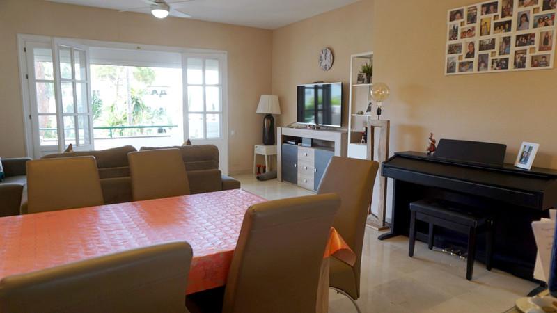 Apartamento Planta Media en venta en El Presidente – R3663215