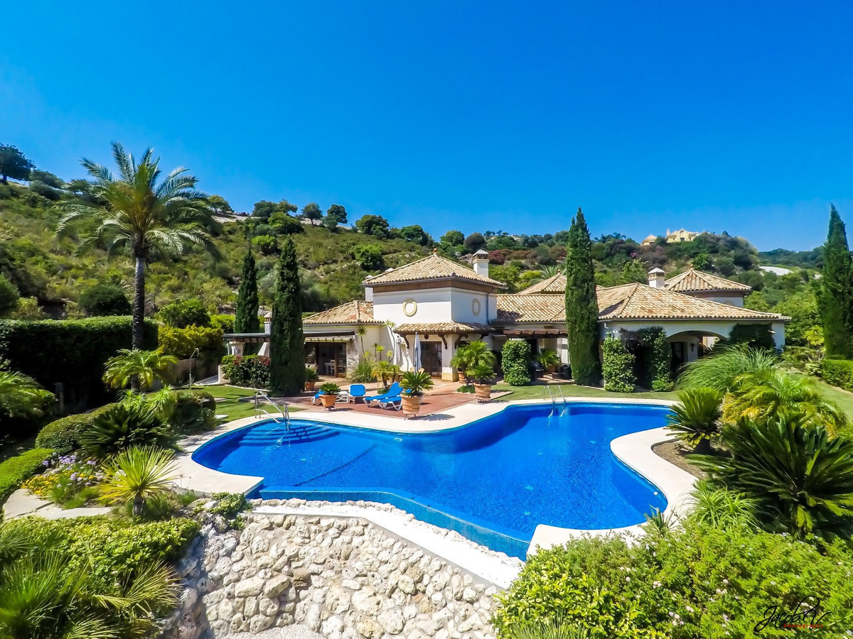 La Zagaleta is the premier residential resort on the Costa del Sol.  Situated in Sector D and access,Spain