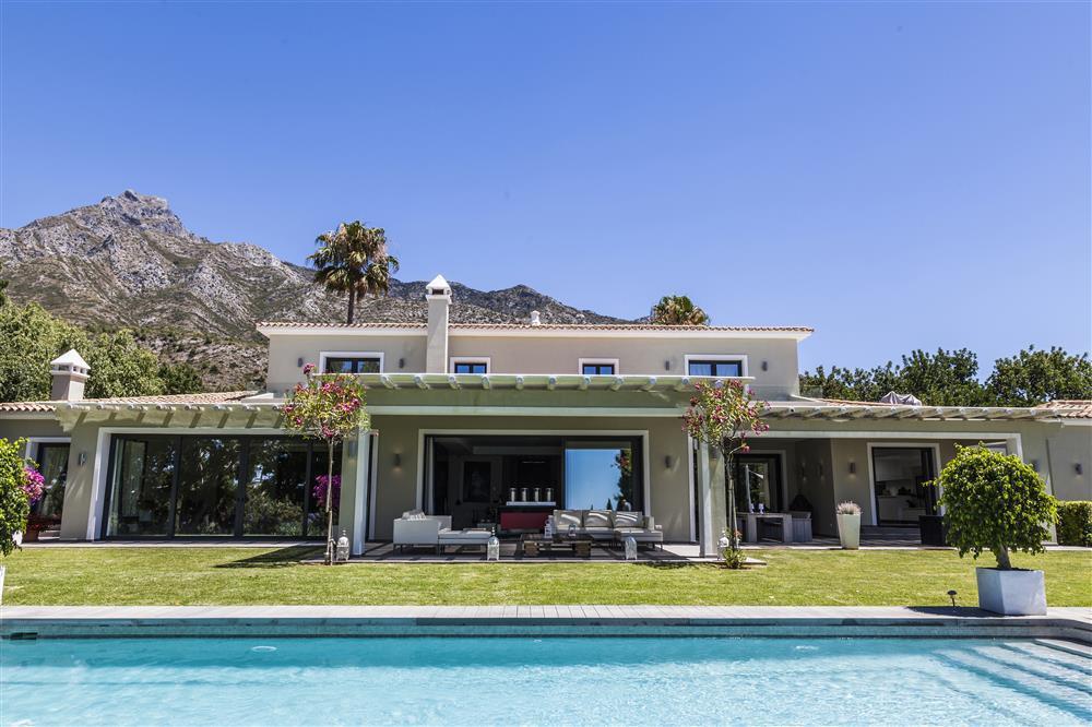 Villa  Individuelle en vente  et en location  à Nagüeles