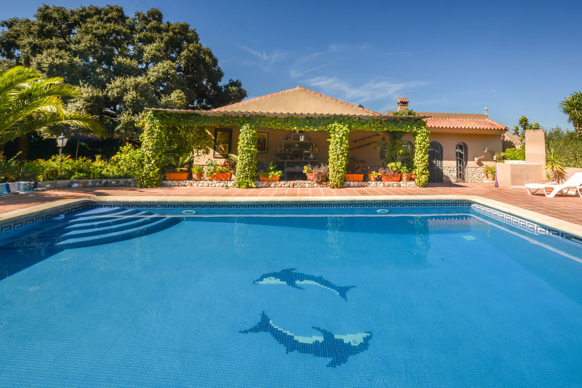 Ref:R3690005 Villa - Finca For Sale in Alhaurín el Grande