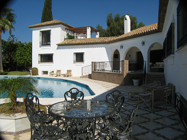 R2396708: Villa - Detached for sale in El Paraiso
