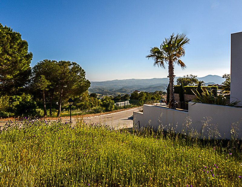 A residential Plot on a sought after location in the quality urbanization Valtocado, close to by to ,Spain