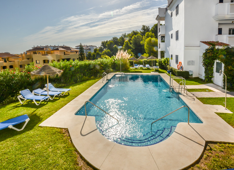 An elevated ground floor two-bedroom apartment located in the popular Miraflores area. Walking dista,Spain