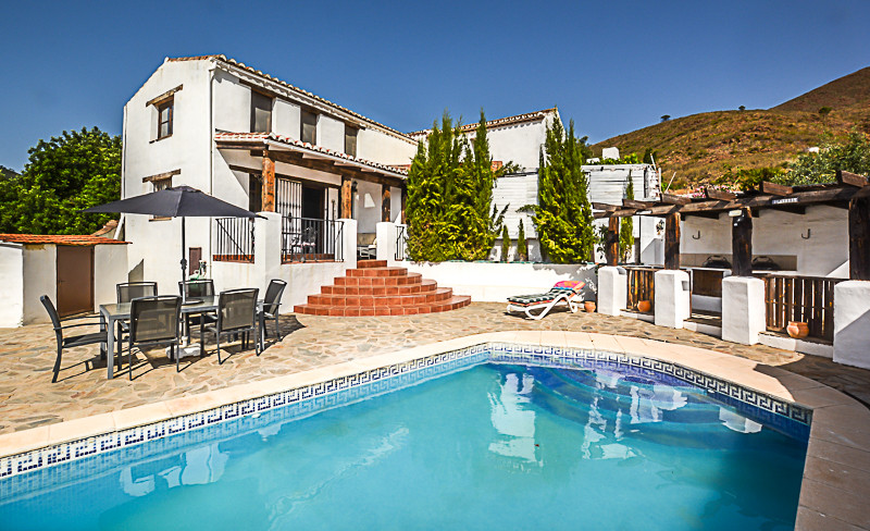 An amazing opportunity to purchase a well-loved rustic style Finca with beamed wooden ceilings throu,Spain