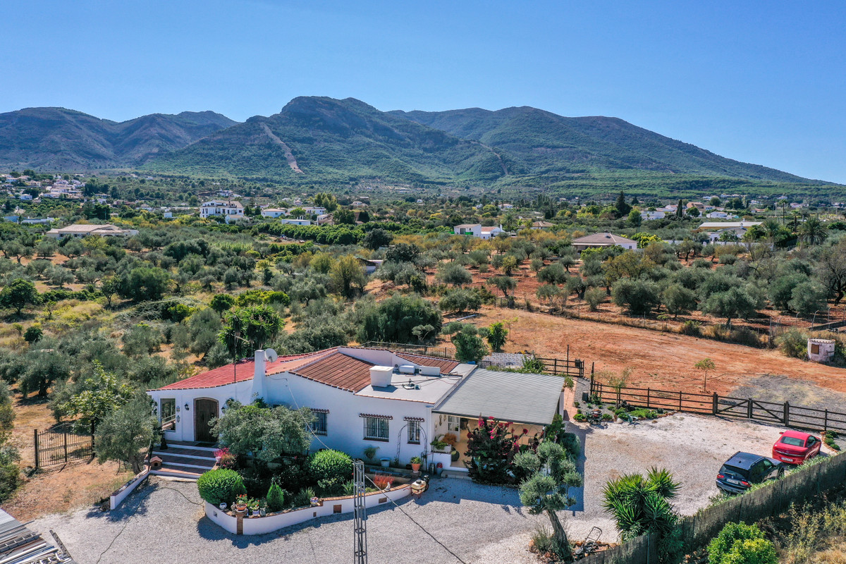 Ref:R3378019 Villa - Finca For Sale in Alhaurín el Grande