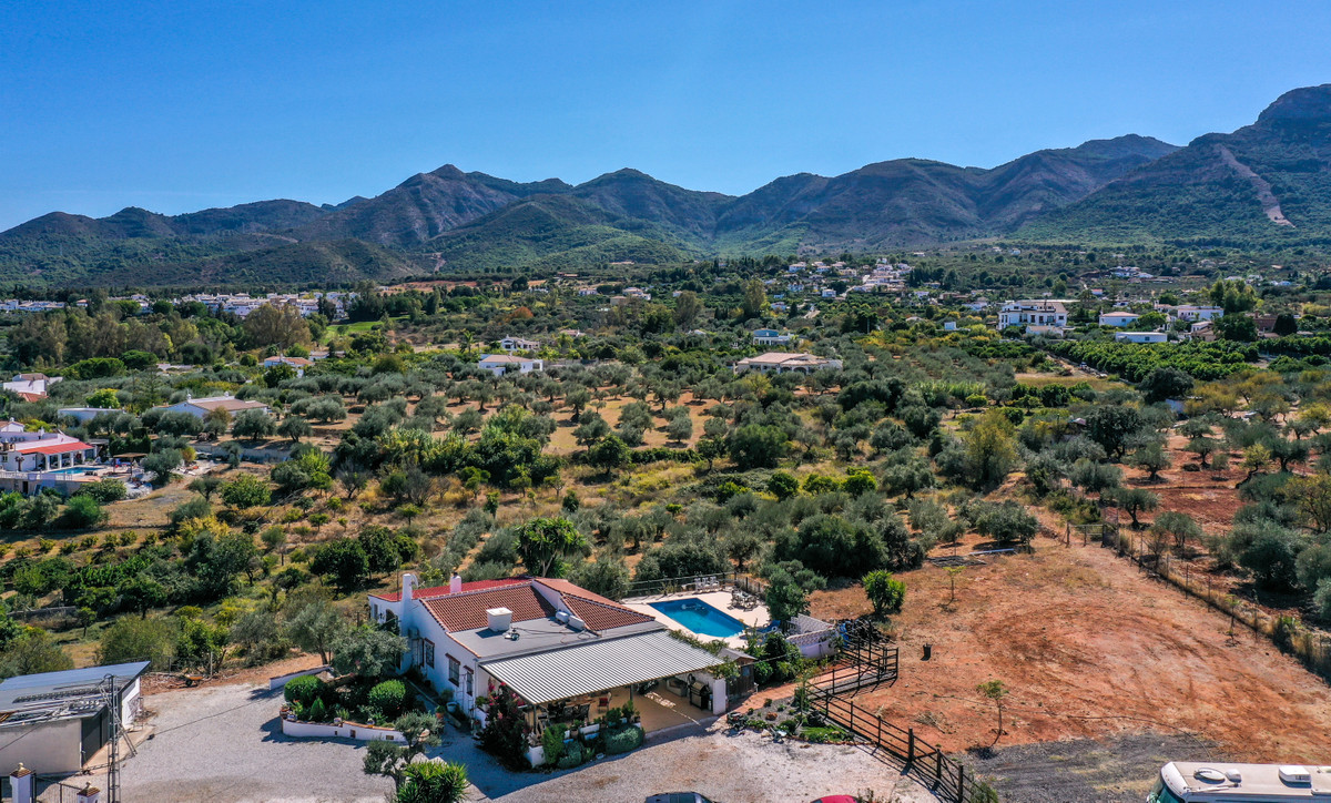 R3378019: Villa - Finca for sale in Alhaurín el Grande