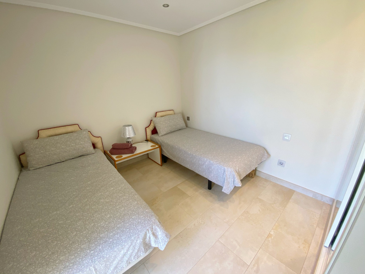 Apartamento Planta Media en Estepona, Costa del Sol